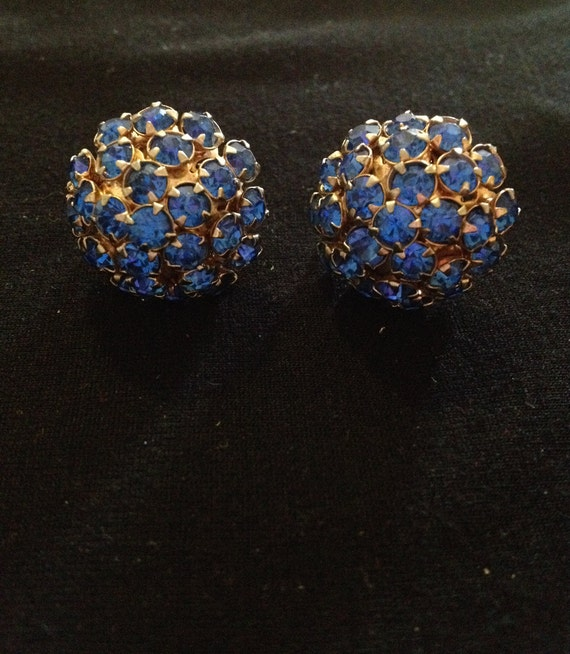 24d7b52c5 1 Pair Vintage 1950's Blue Rhinestone Cluster Screw Back   Etsy