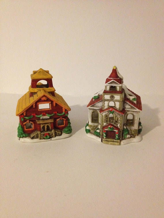 LEFTON HAND PAINTED HANGING MINI SNOW CAPPED CHURCH