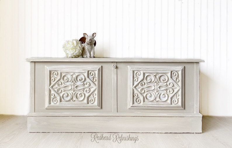 Wondrous Cedar Chest Blanket Chest Bench French Country Cottage Beige Gray Creme Hand Painted Gmtry Best Dining Table And Chair Ideas Images Gmtryco