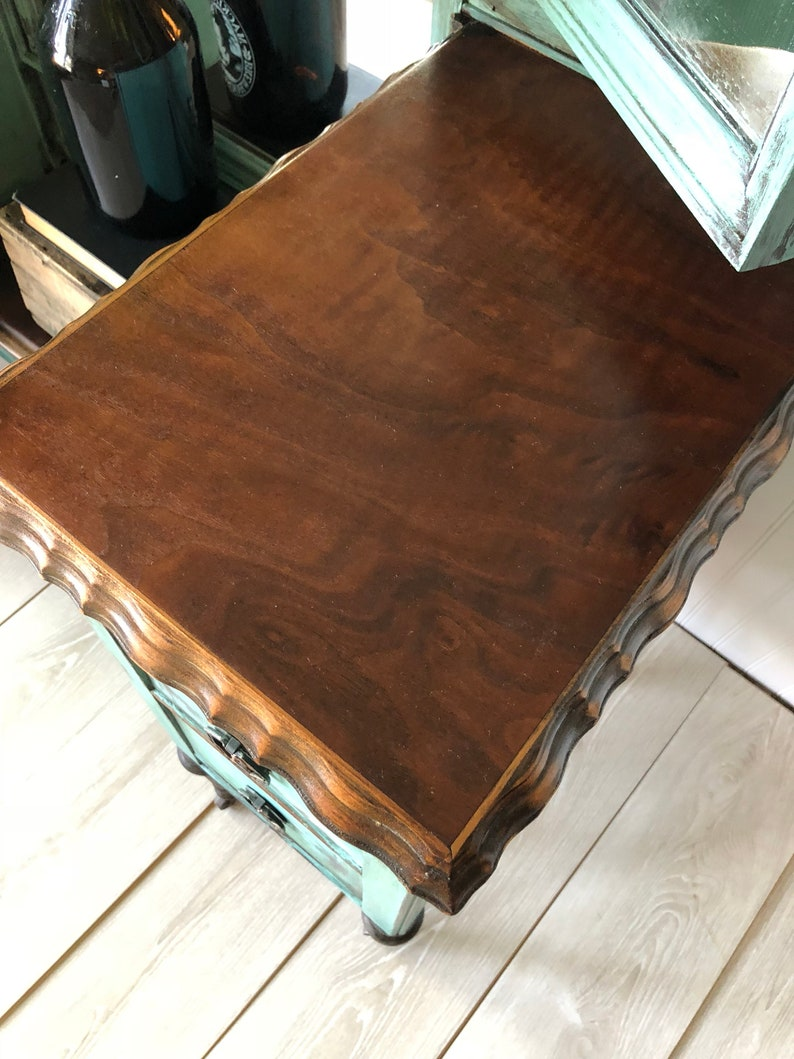 boho trifold vintage SOLD***Antique vanity with mirror turquoise