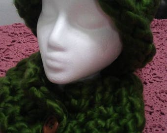 knitted beanie and cowl with button set