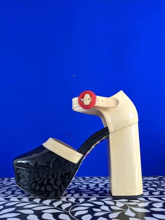 Orla Kiely Clarks 60's Mod Inspired Platforms