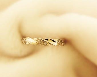 Diamond Wedding Band.Twist Wedding Band.Rose Gold Wedding Band. High Quality Diamond Wedding Band.14k White Gold Diamond Ring.