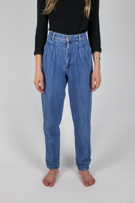Vintage CALVIN KLEIN High-Waisted, Pleated Front,