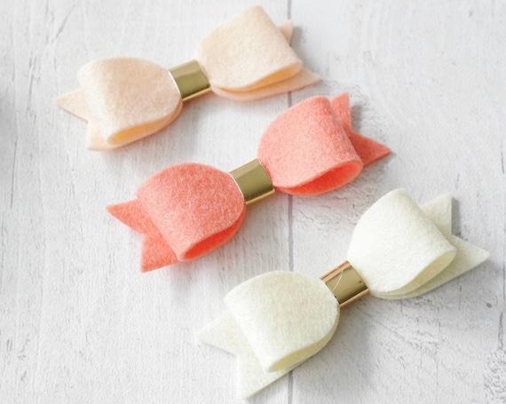 3 feutre noeud ensemble (abricot, saumon, crème)