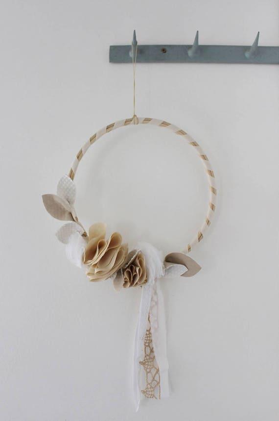 couronne de fleurs en tissus blanche ecrue d coration etsy. Black Bedroom Furniture Sets. Home Design Ideas