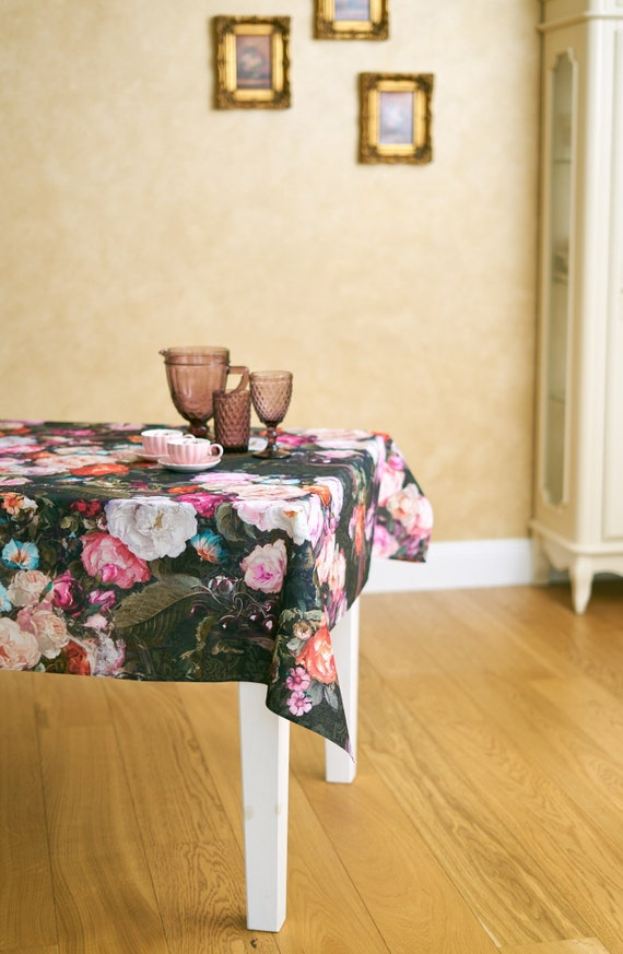 Floral Vintage Print on Black Background Gift for Her Round Tablecloth with Ruffle Mom Gift Romantic /& Festive Table Cover