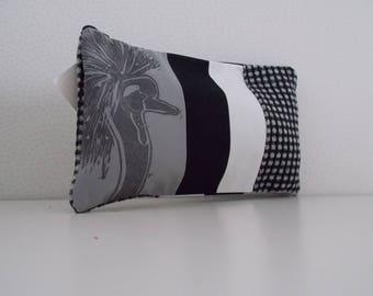 Kit with textile pattern grey crane print