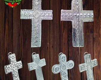 Decorative crosses in pewter-pewter