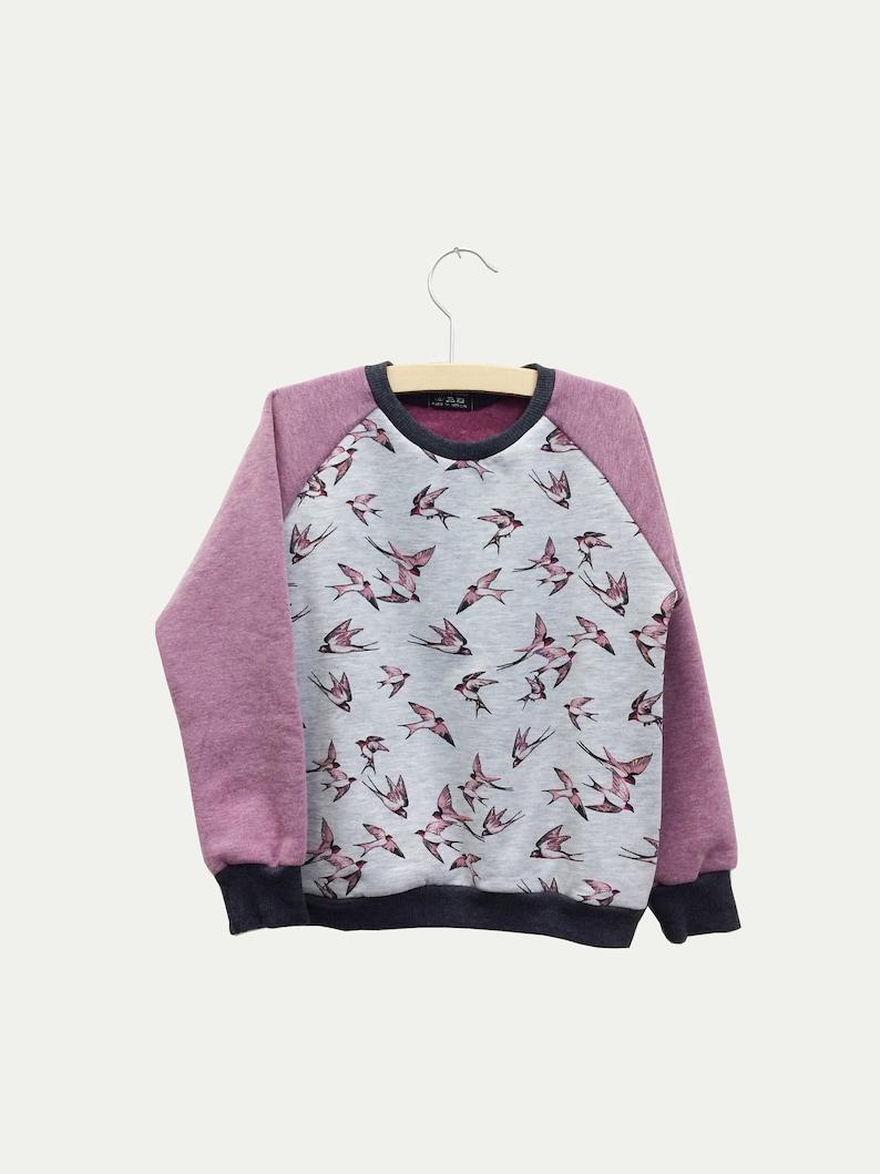 Children/'s sweater swallow