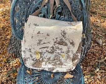 Distressed Vintage Leather Messenger Style Bag, Backpack/Shoulder Bag, Outside pocket, Removable inside Zippered pouch, Perfect Bag