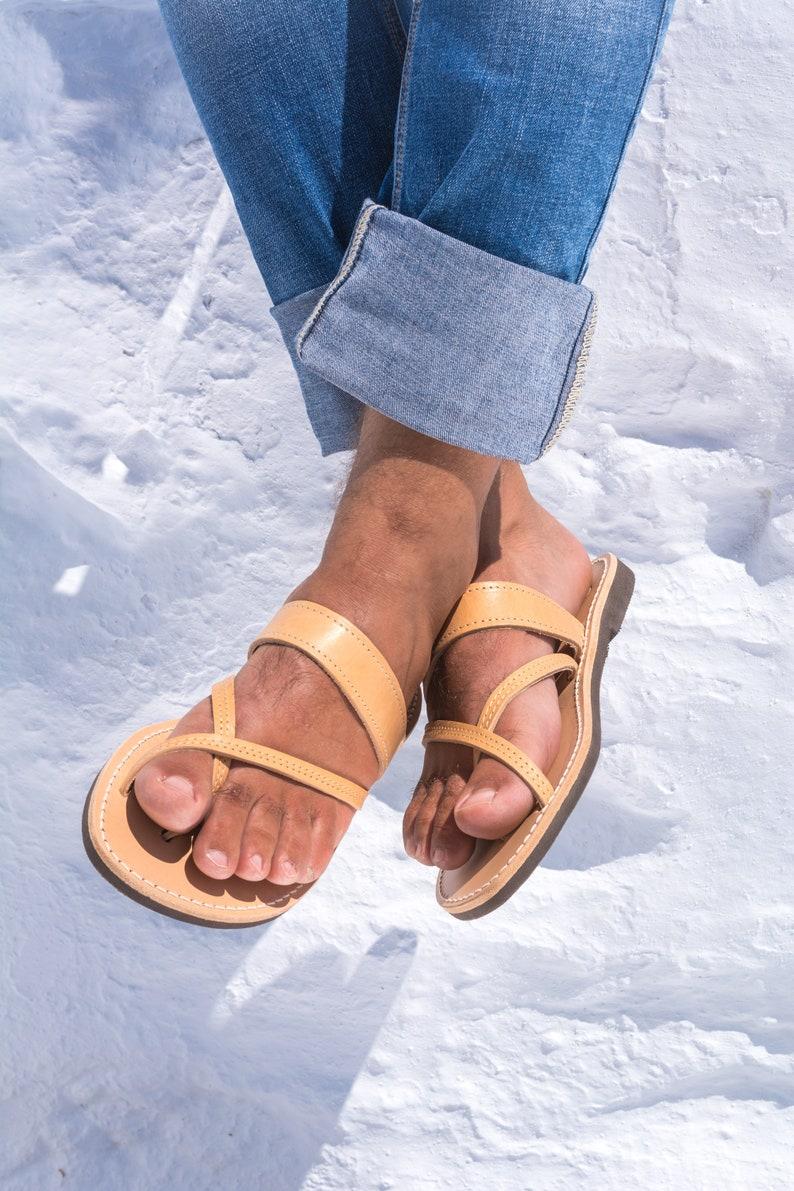 Men greek sandals Men leather sandals Men sandals Handmade sandals Ancient greek sandals unisex Gladiator sandals Gift for him Schinousia
