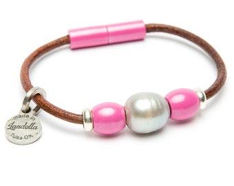 Dolly Pink Leather Magnetic Landella Freshwater Pearl Trio Bracelet