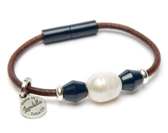 Navy Leather Magnetic Landella Freshwater Pearl Trio Bracelet