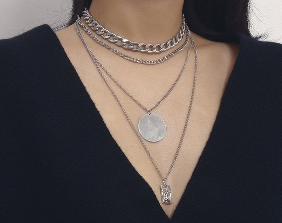 Multi-layer Embossed Charm Pendant Curb Link Chain Choker Necklace