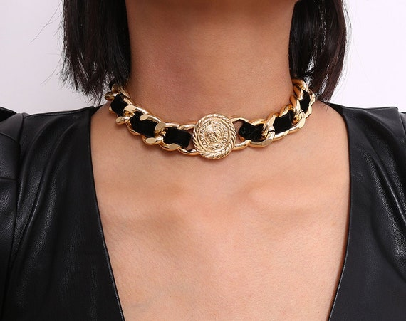 Chunky Velvet Interwoven Metal Curb Link Chain Round Disk Charm Choker Necklace