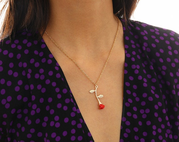 Dainty Gold Tone Rose Pendant Charm Necklace