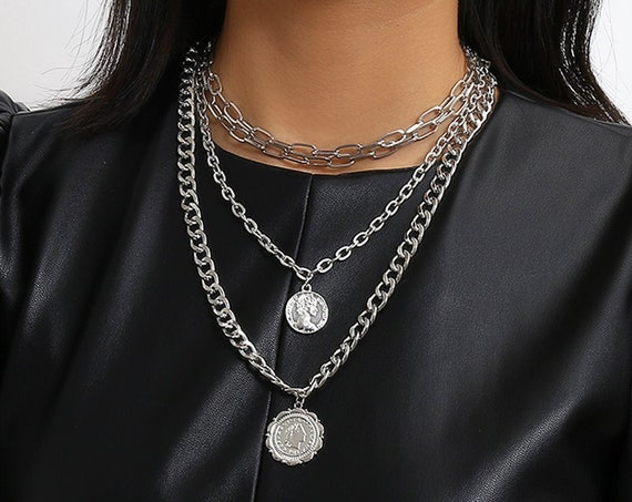 Multi-layer Chunky Curb Link Chain Relief Disk Pendant Choker Necklace