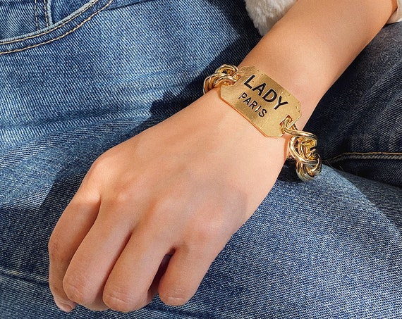 Chic Gold Tone Lettering Metal Charm Curb Link Chain Bracelet
