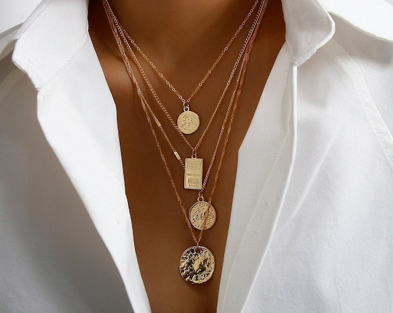 Minimalist Gold Silver Tone  Relief Round Disc Pendant Choker Necklace