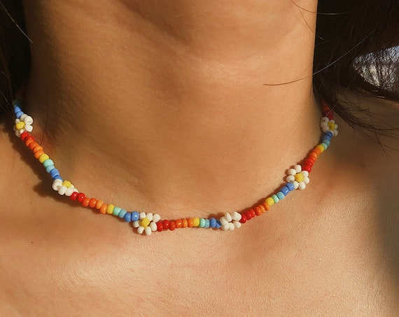 Daisy Flower Colorful Beaded Choker Necklace