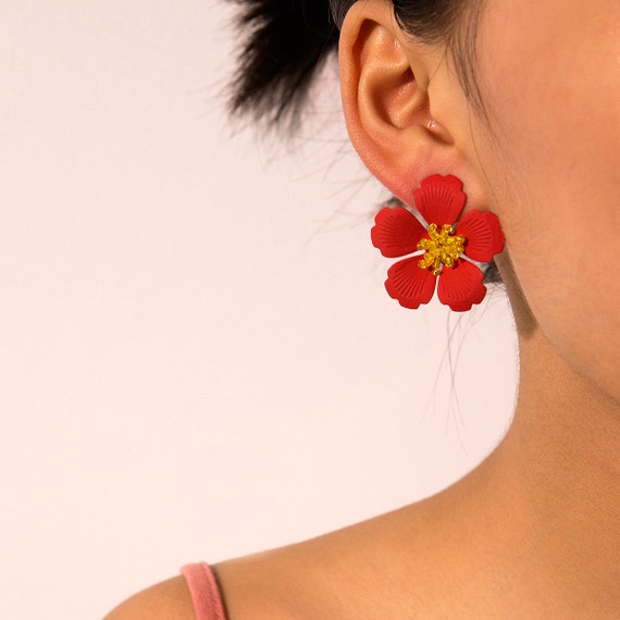 Chic Peach Blossom Post Dangle Earrings - Boutique Floral Style Stud Earrings