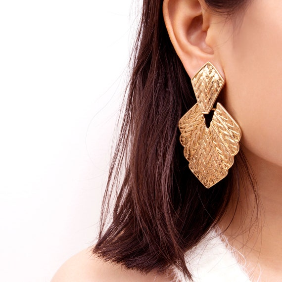 Bohemia Hammered Relief Frosted Leaf Dangle Earrings