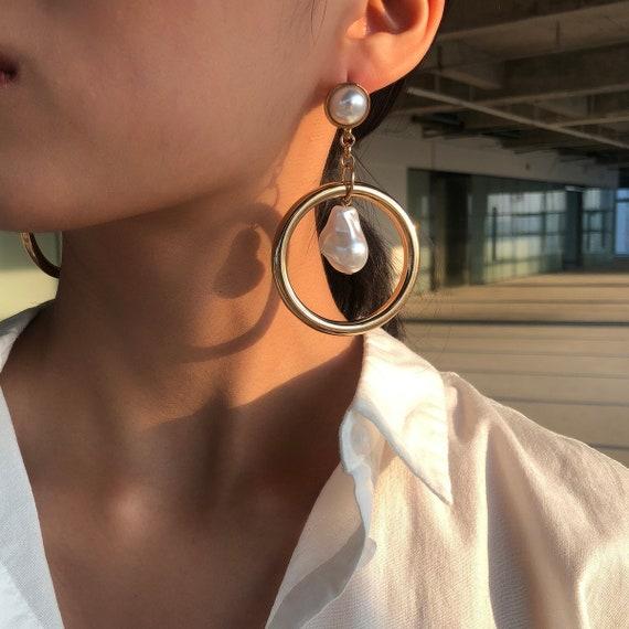 Baroque Style Dangling Pearl Oversize Hoop Earrings - Boho Chunky Loop Earrings