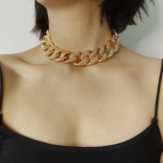 Chunky Gold Tone Curb Link Chain Choker Necklace