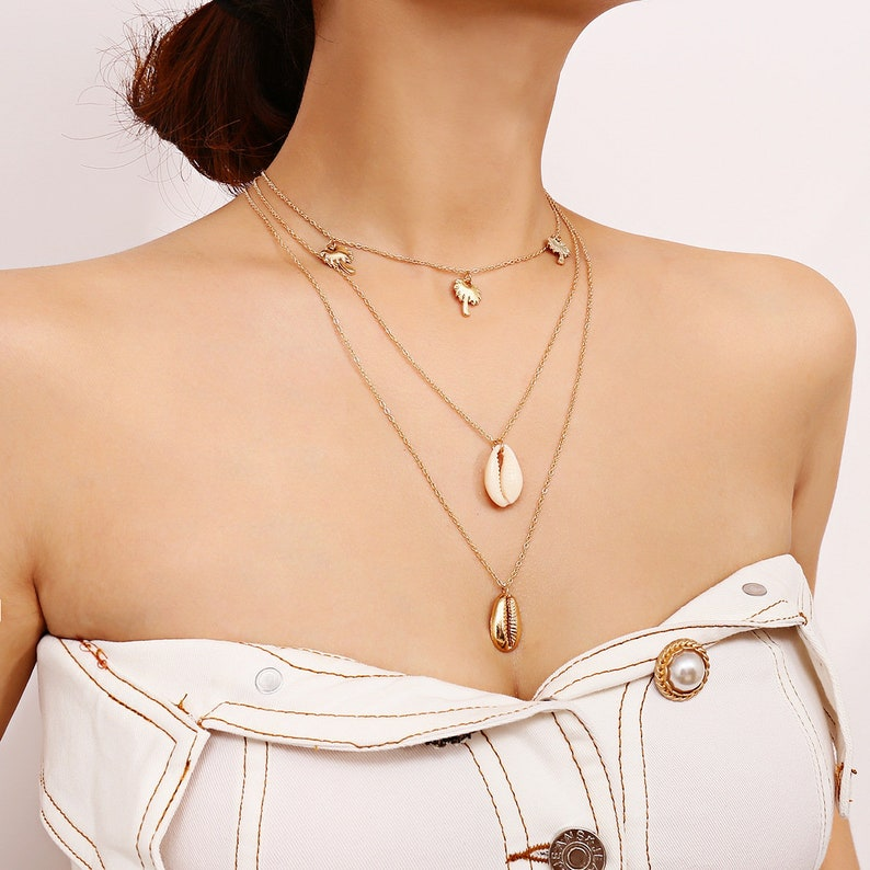 db1557c75e0fe Multi-Layer Cowry Pendant Palm Tree Choker Necklace - Cowrie Shell Conch  Summer Beach Choker Necklace - Minimalist Layered Pendant Necklace