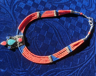 217 Vintage Sterling Silver Lapis Lazuli, Turquoise and Caradinia Necklace.