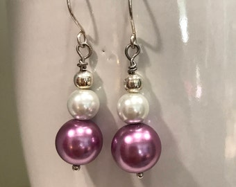 Lilac glass pearl earrings