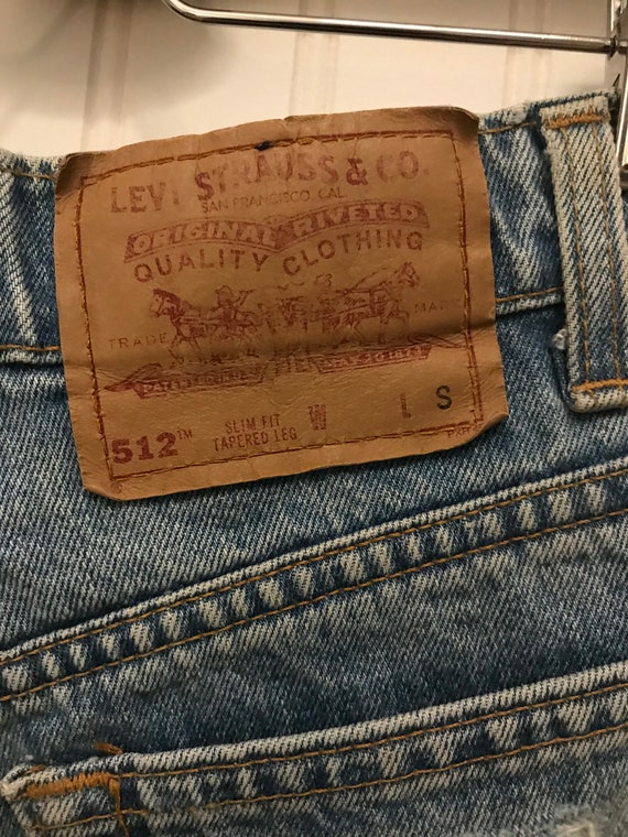 Vintage Levi's ~ High Waist Distress Cut-off Deni… - image 7