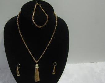 Handmade gold tone jewelry set