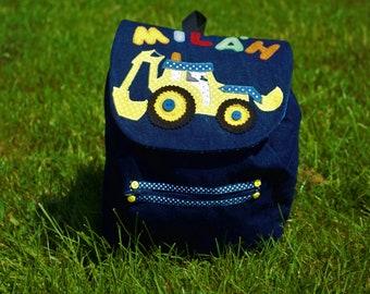 Milan grab children backpack