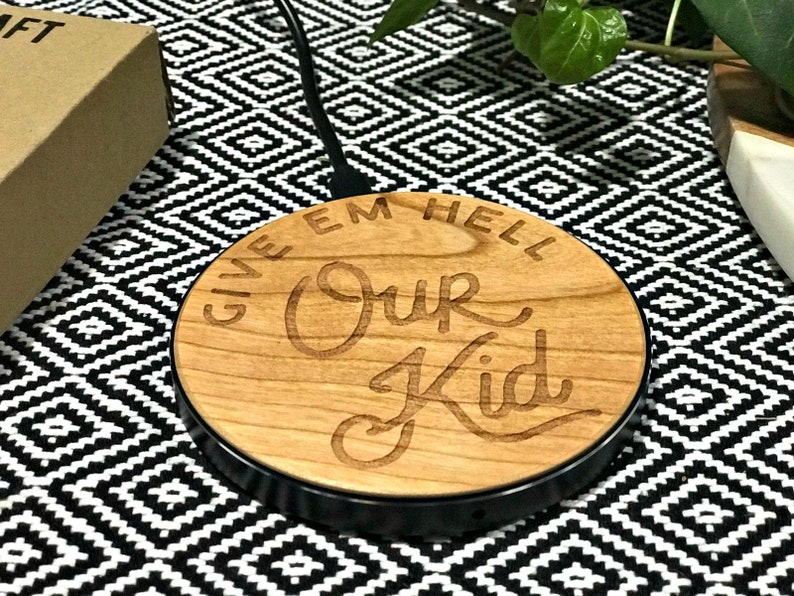 Our Kid Manchester Wooden QI Wireless Mobile Fast Charger MCR image 0