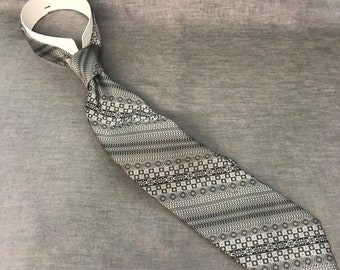 Grey Patterned Wembly tie
