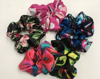 Satin Floral Scrunchies, 5-pack from the Tropical Flowers Design Collection