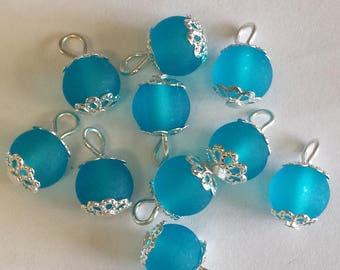 5 pendants 8mm blue frosted glass beads