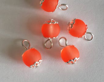 5 pendants 8mm frosted glass beads orange