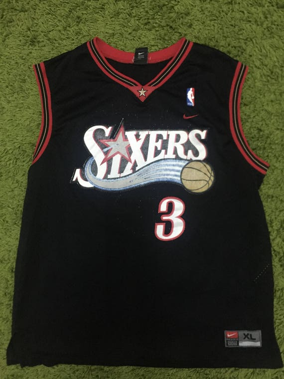 the latest 56e62 b8f92 OFF Vintage Tanks Top Singlet Jersey Basketball Nike Sixers Iverson #3 Nice  Design XL Size