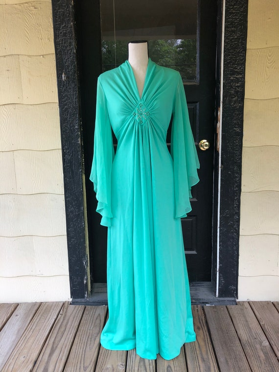 Green Lady Gown