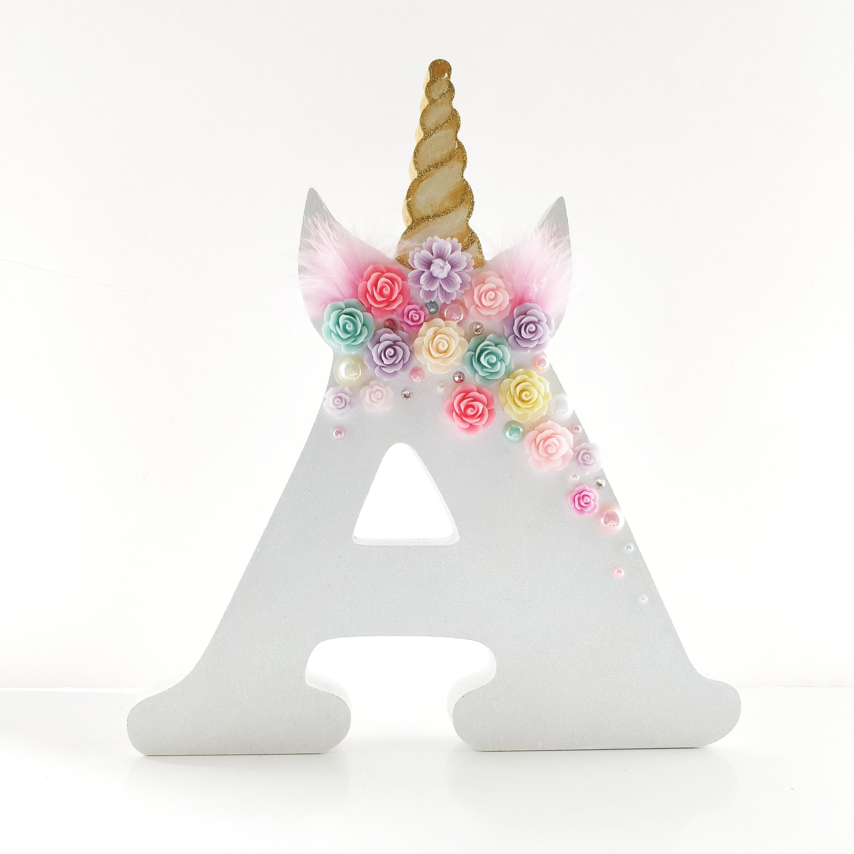 Magical Mystical Resin Unicorn Ornament Decoration 12cm ~ Colour Vary