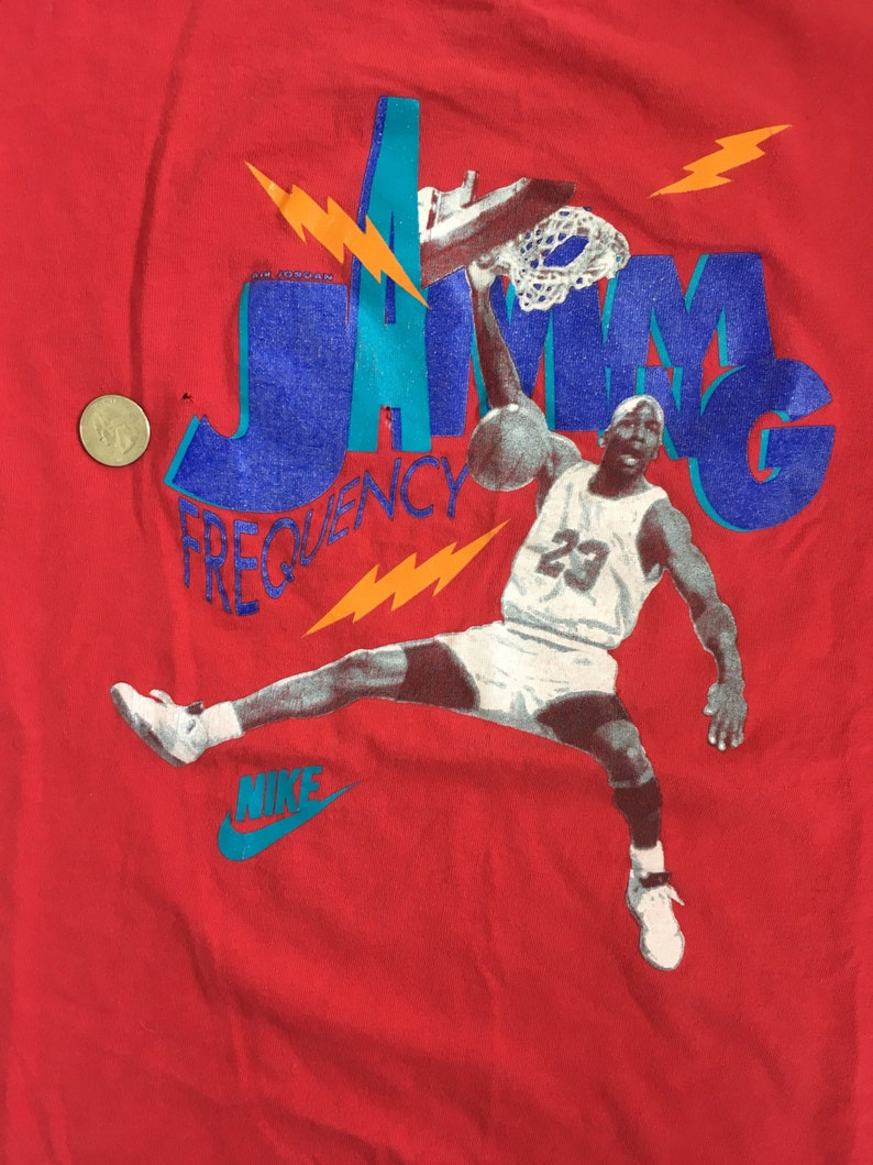 1c36bba2989e Michael Jordan Shirt VTG 90s Nike Air Jordan Tee Frequency