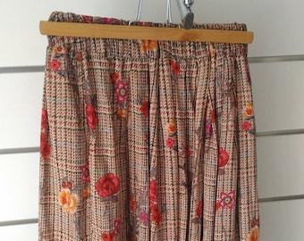 SKIRT of FLORES (3/4 floral skirt