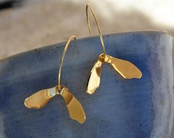 """""""Achene"""" size medium brass hoop earrings"""