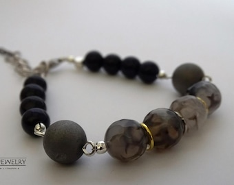 Beaded Women bracelet with natural stones