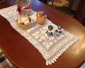Handmade Small Knitting for Kitchen Table and Bedroom Bedside Table