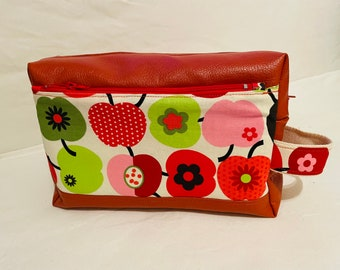 Vintage apple pattern toiletry bag, large rusty leather imitation toiletry bag, vanity case and makeup bag