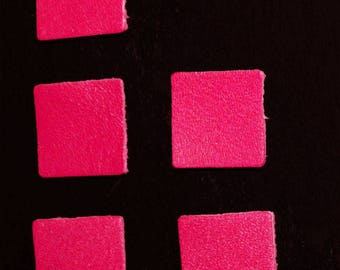 Set of 5 shapes style square Fuchsia leather sequins